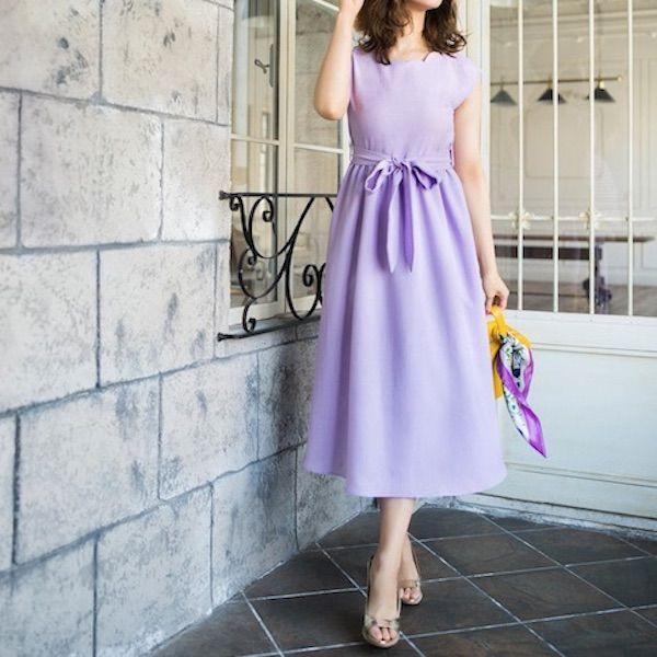 紫のレディースワンピース
