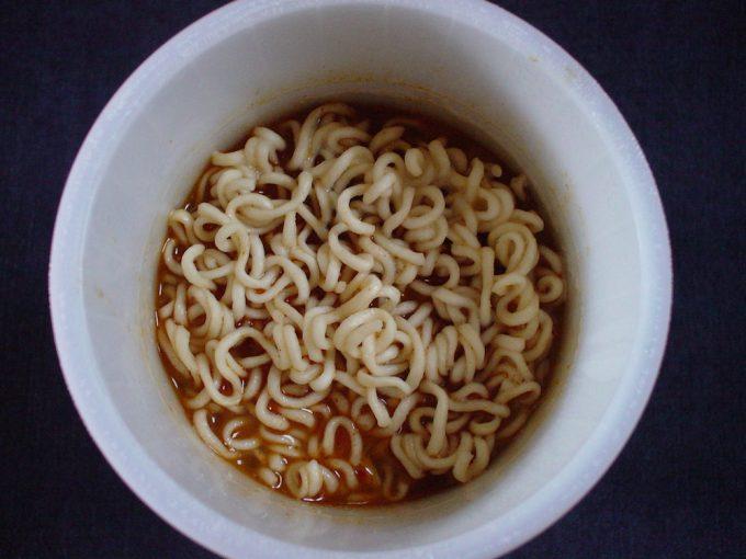 寿がきや食品トムヤムクン